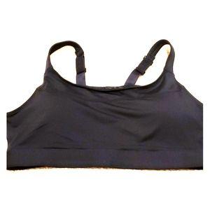 Sports bra with hook closure